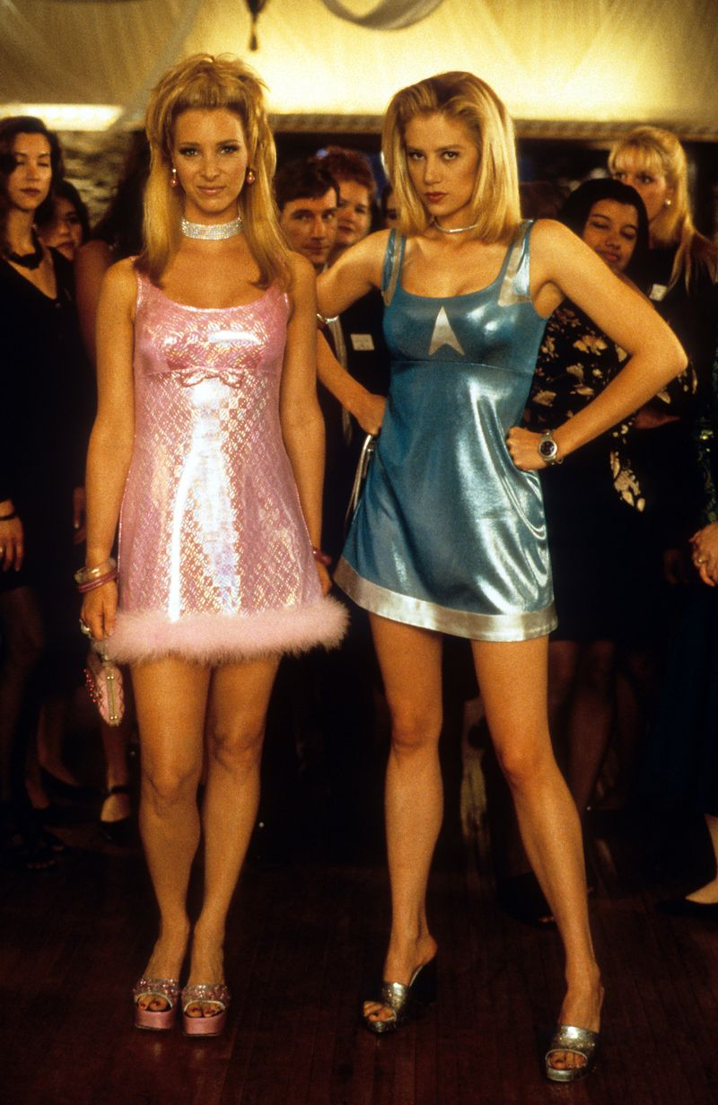 Lisa Kudrow as Michele and Mira Sorvino as Romy in Romy and Michele's High School Reunion.