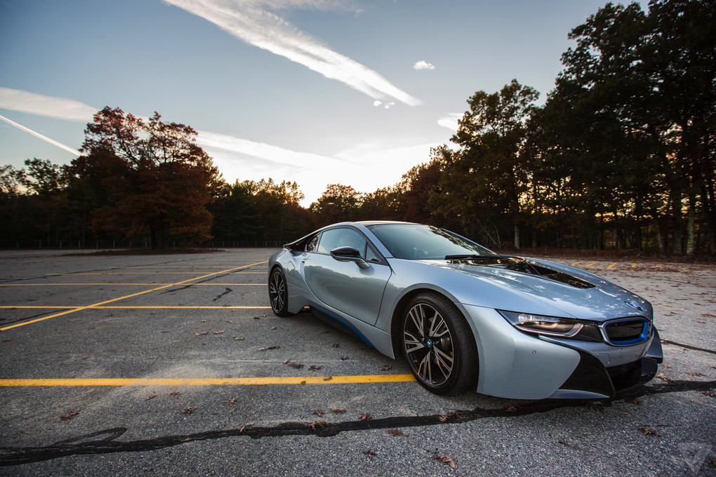 BMW I8: A Gallery Of Beautiful Wallpaper