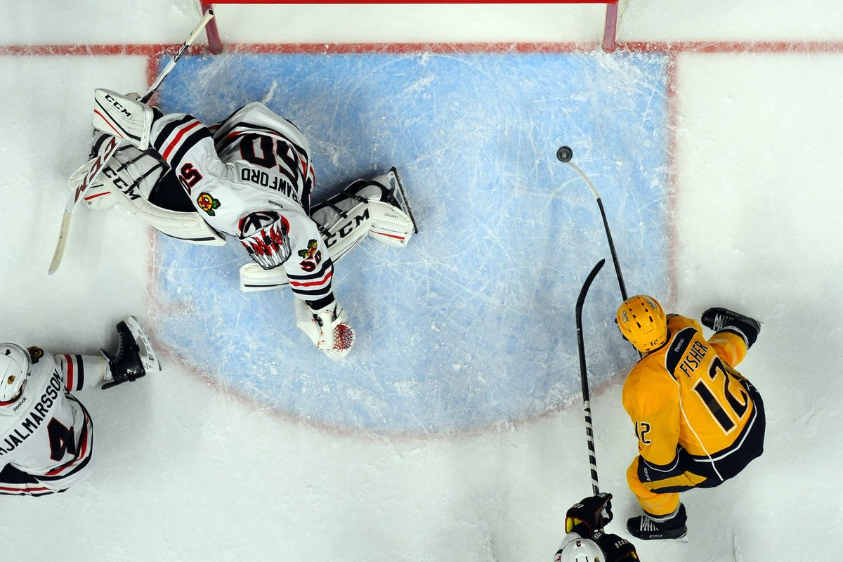 Blackhawks pull out win over Predators