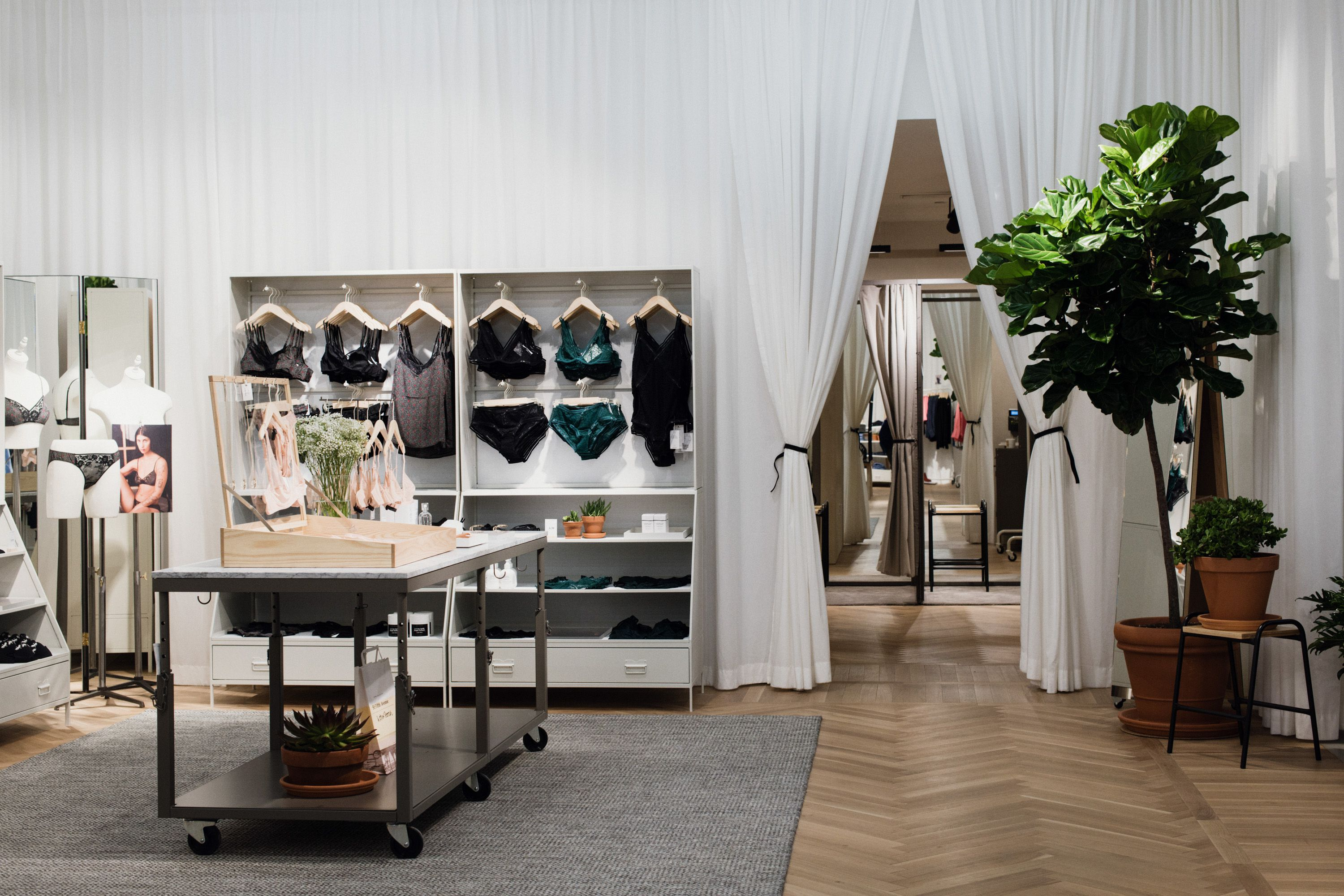 other stories 39 newest store debuts lingerie a green. Black Bedroom Furniture Sets. Home Design Ideas