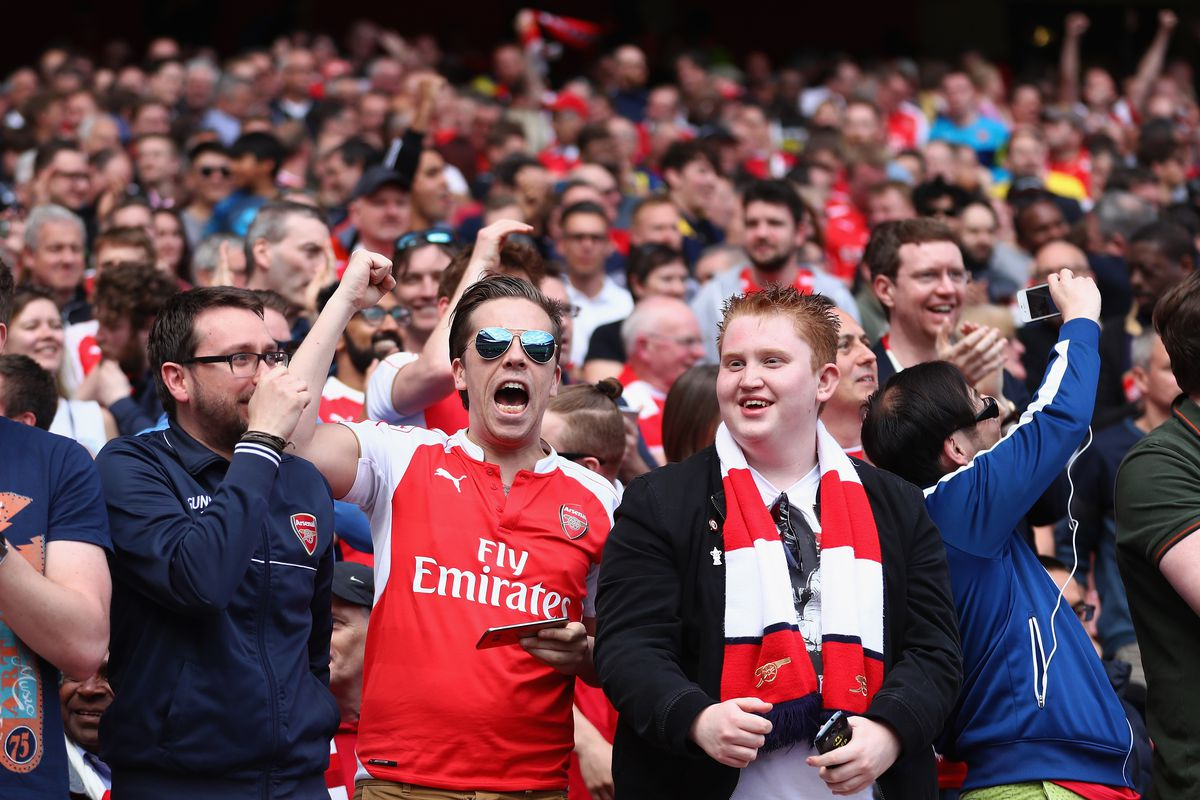 Arsenal and Bayern fined over fans' behaviour