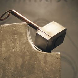 Thor's hammer (Mjolnir) on stand / From Thor 2011<br> © 2017 MARVEL<br><br><br><br>