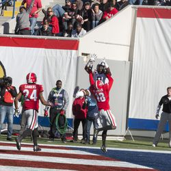 John Diarse leaps to make a tough catch in the end zone.