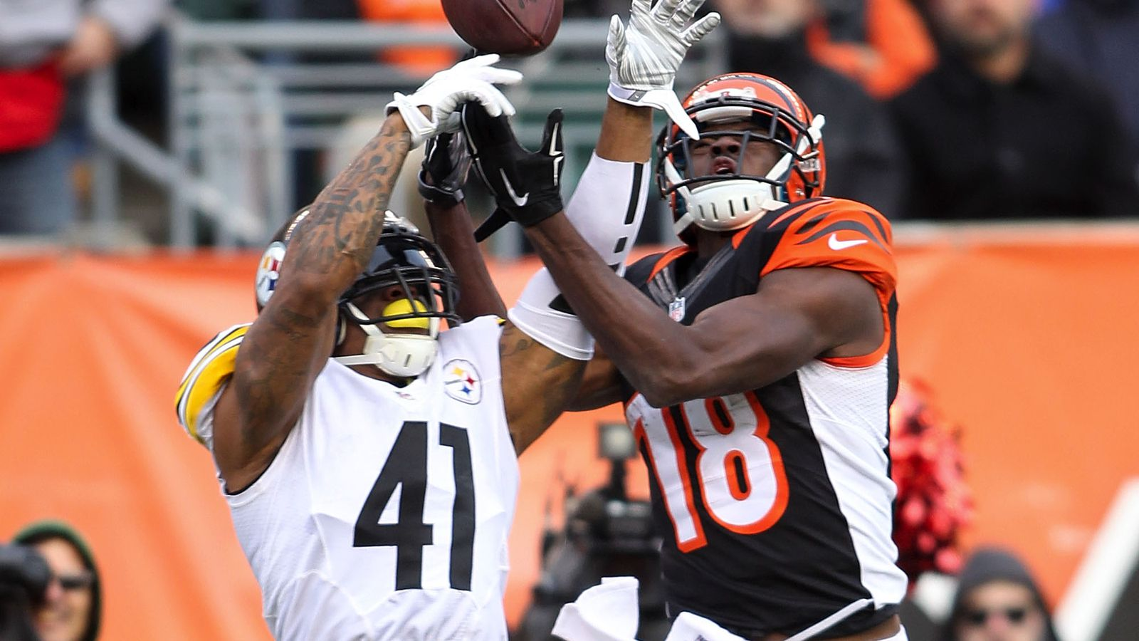 Tennessee Titans sign Steelers scapegoat Antwon Blake to one-year contract e8a91b5ee