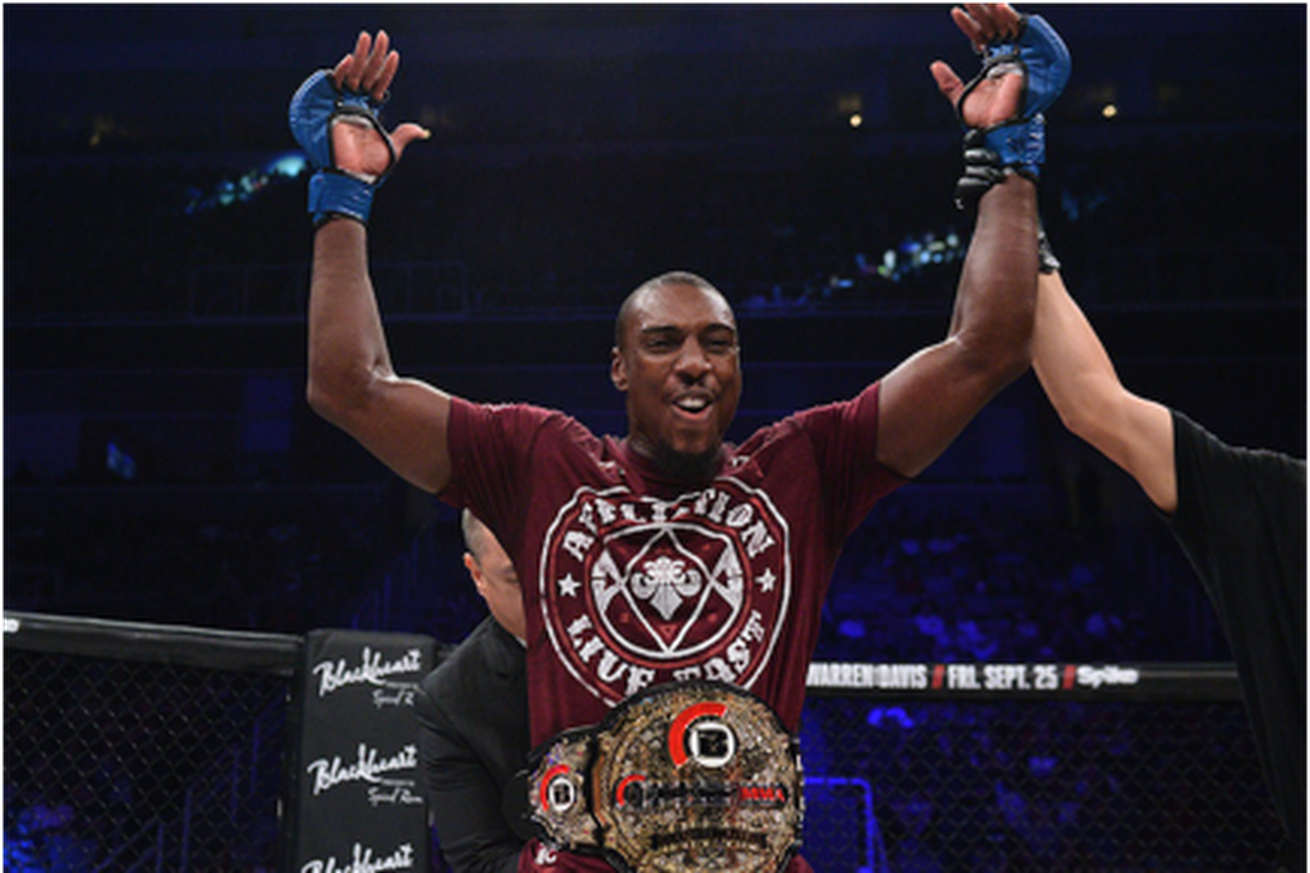 With 'King Mo' Lawal injured, Phil Davis set to defend light heavyweight title against Ryan Bader at Bellator 180