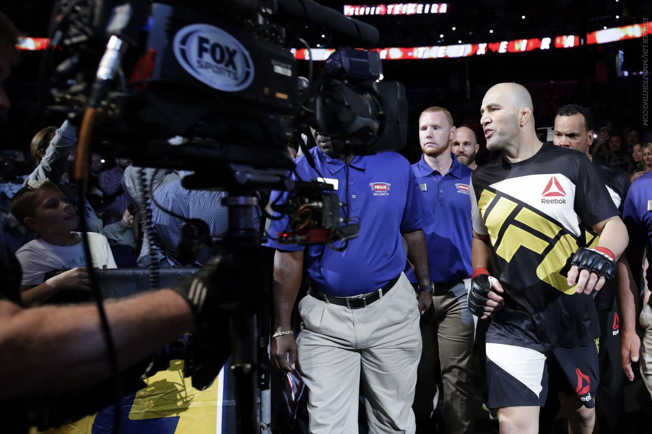 UFC on Fox 19 bonuses: Glover Teixeira earns $50,000 after first round knockout of Rashad Evans