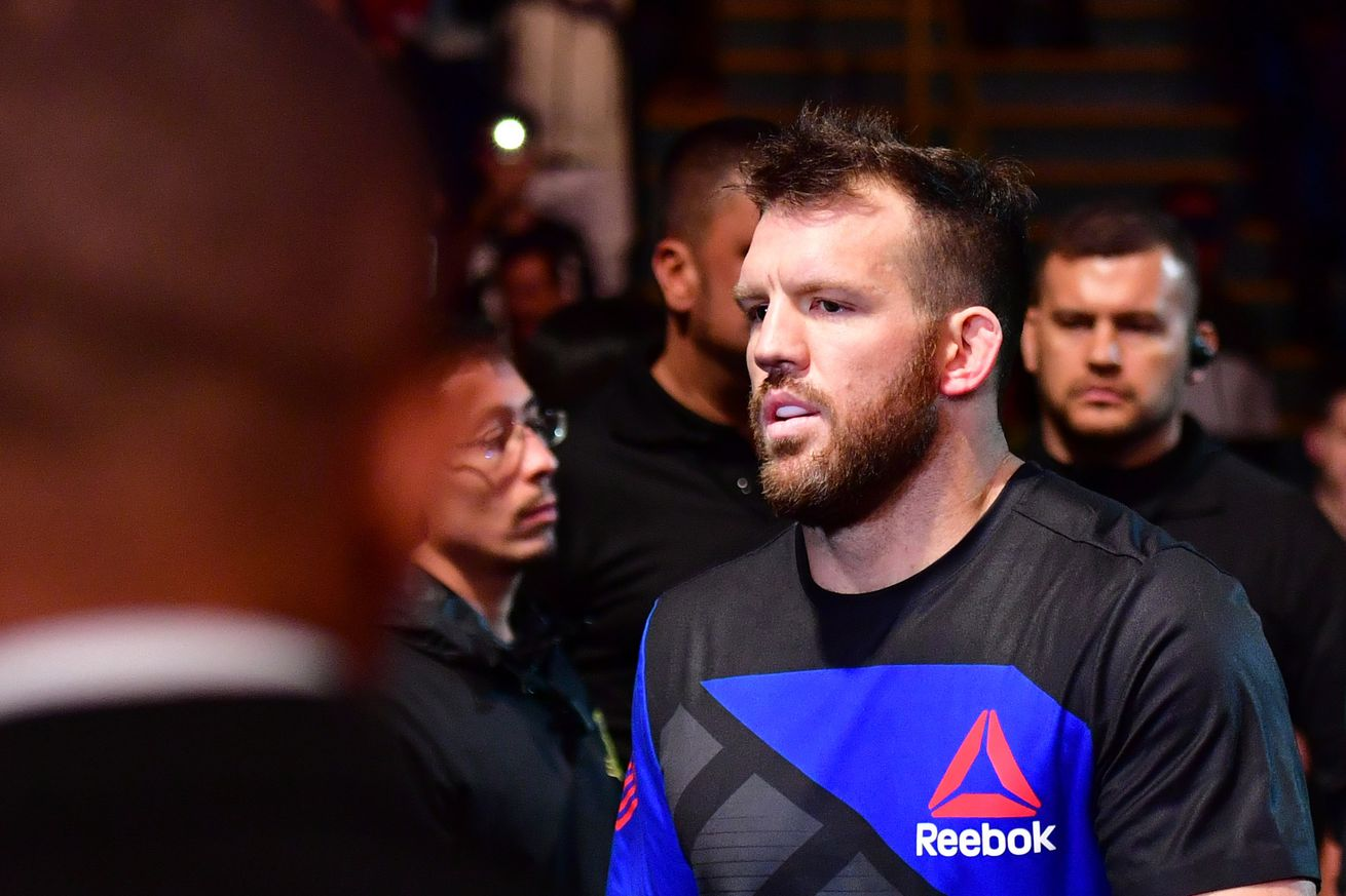 UFC free agent Ryan Bader not a fan of win bonus pay structure   'You let loose when money is guaranteed