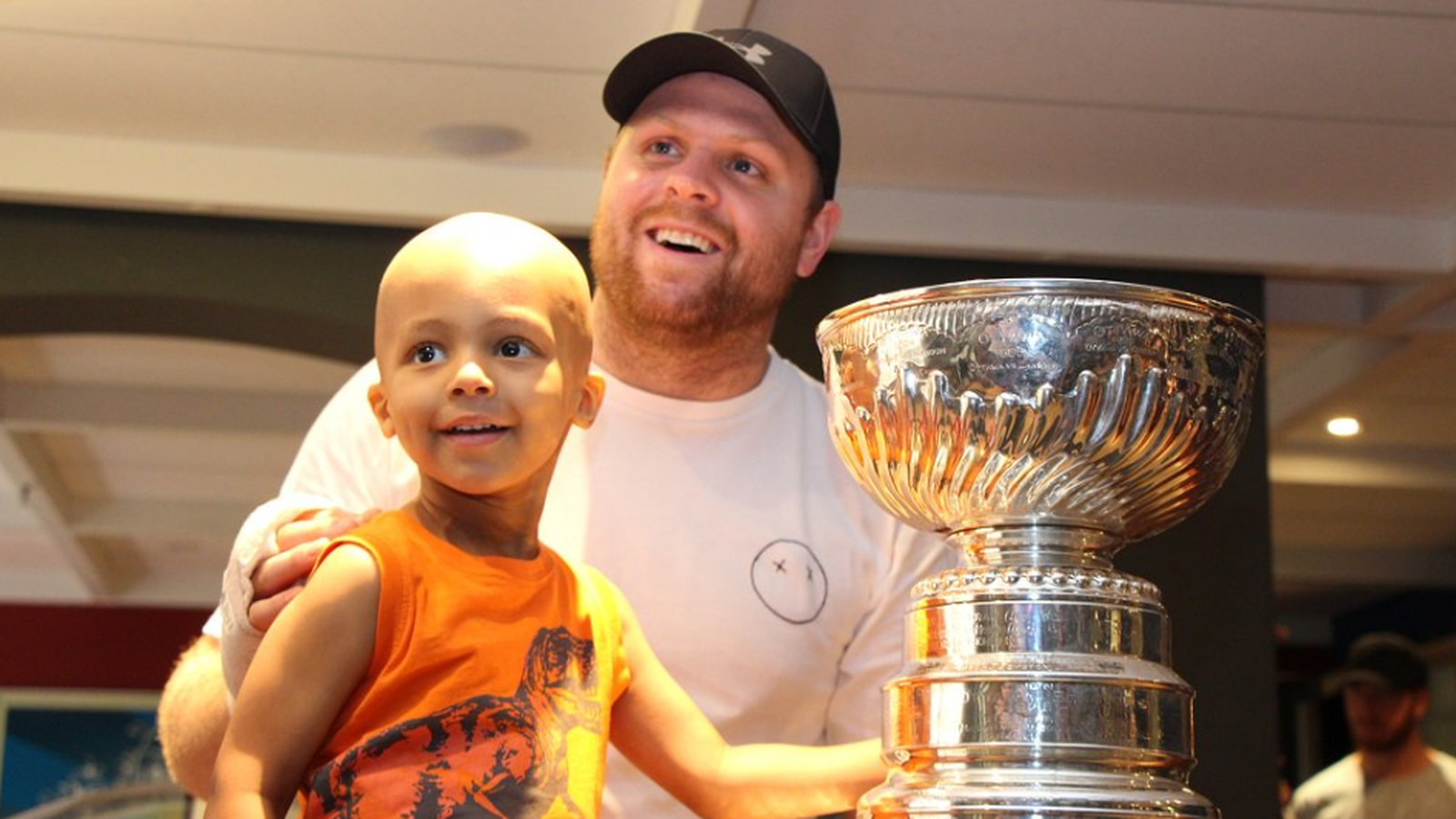 Sickkids_thehospital_on_twitter___sickkids_was_buzzing_with__stanleycup_fever_today__thx_for_visiting_our_patients___families__pkessel81__nhl_https___t.co_omyskngsw3_.0.0