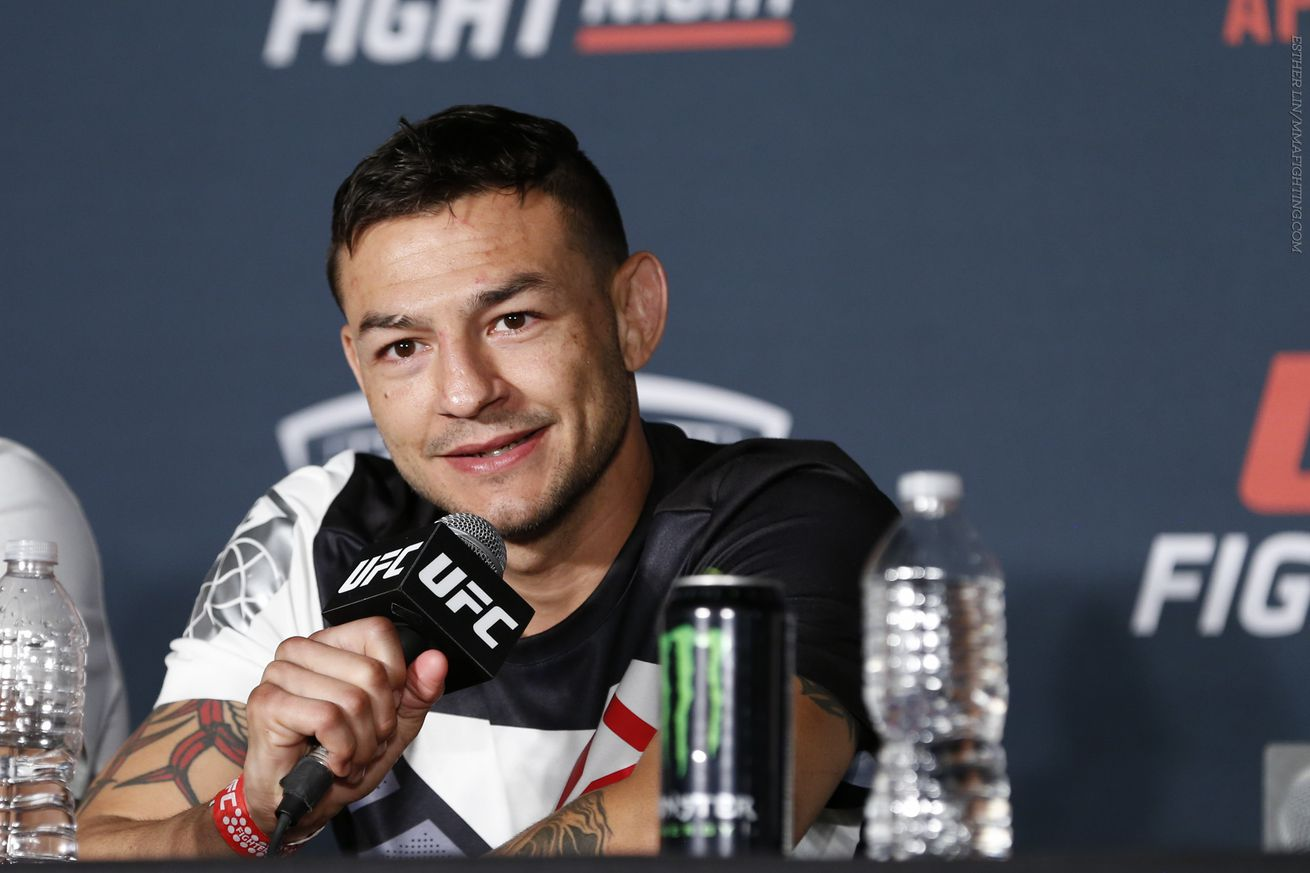 Cub Swanson gives Conor McGregor 'some chance' against Floyd Mayweather