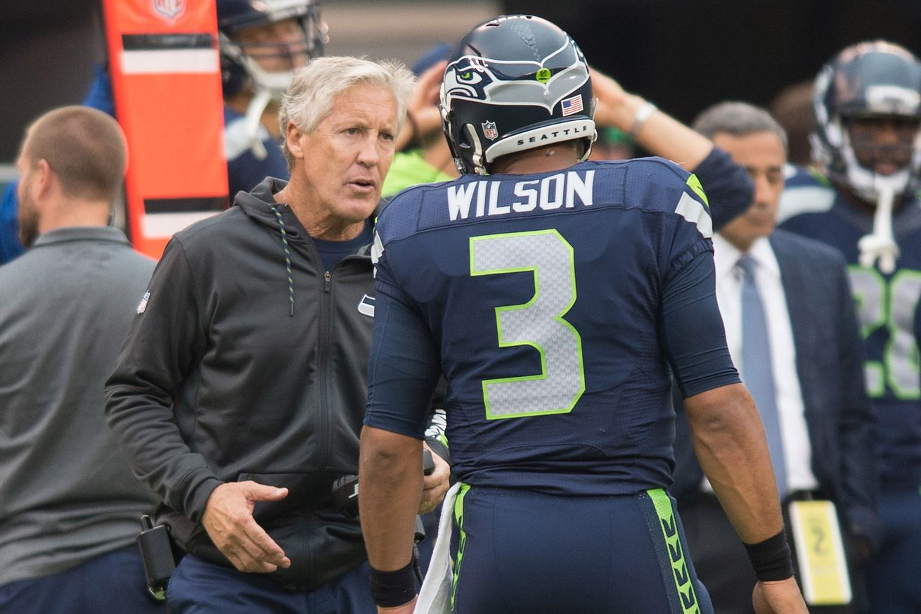 Russell Wilson's NFL-record passer rating to start a career & more Seahawks stats