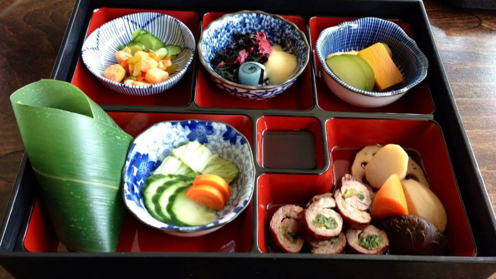 ten amazing bento boxes to rock your lunch in denver. Black Bedroom Furniture Sets. Home Design Ideas