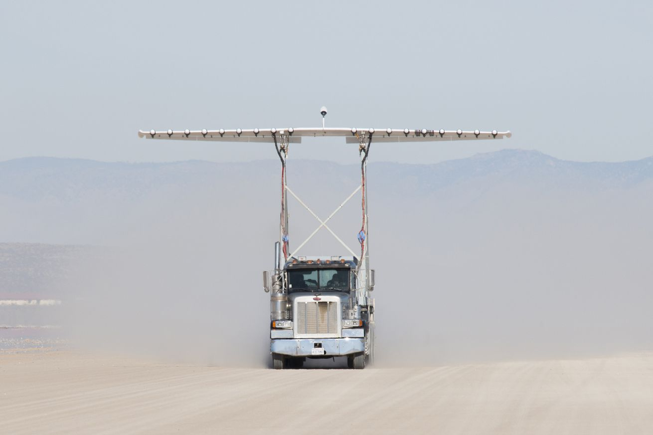 NASA's crazy 18-propeller wing test looks like a scene out of Mad Max