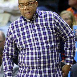 Syracuse head coach Quentin Hillsman