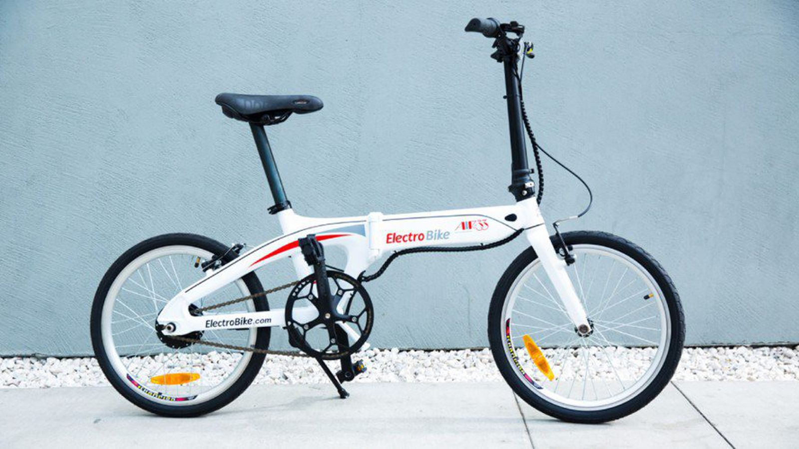Lightweight E Bike Makes City Commuting A Breeze Curbed