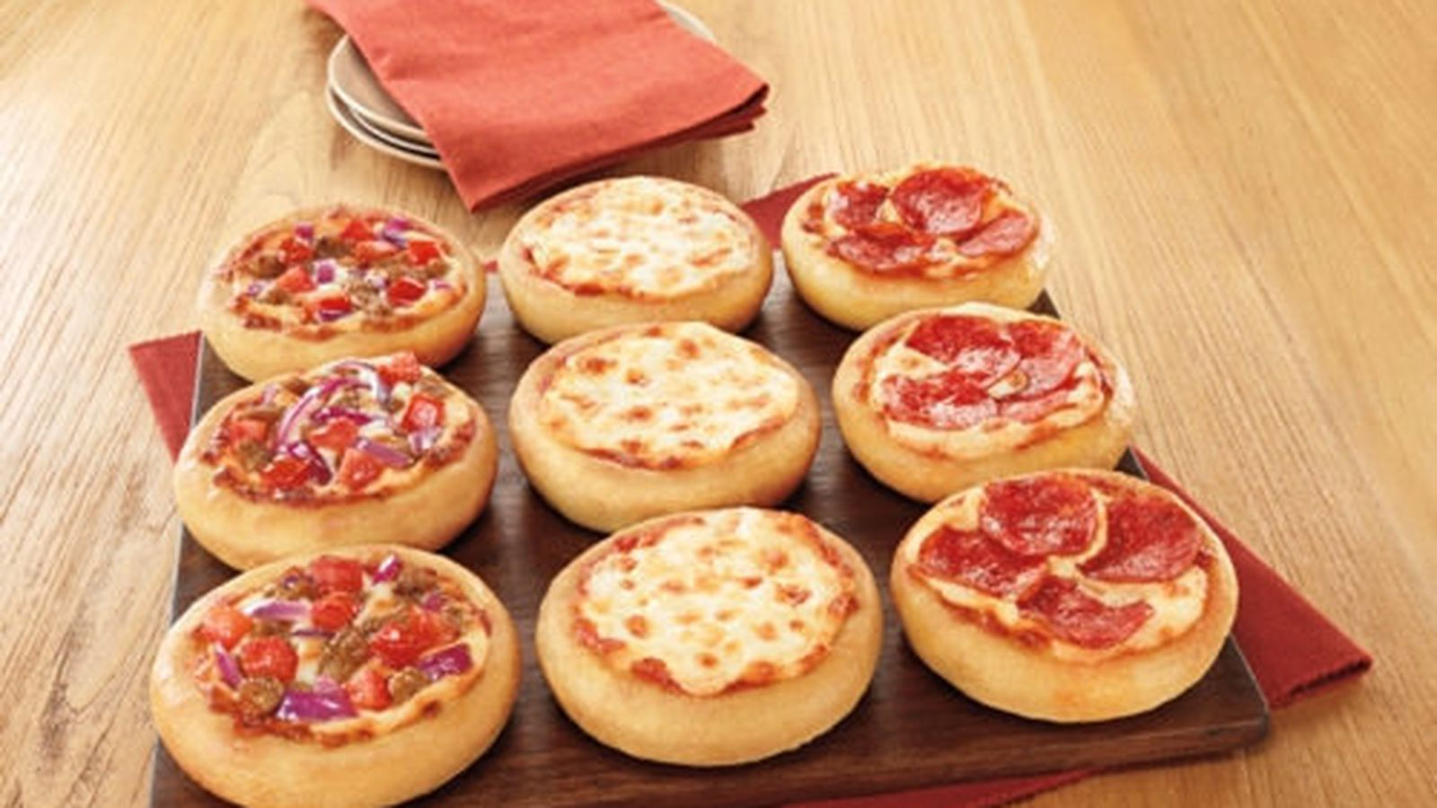 literature review pizza hut fast food Changing culture at pizza hut and yum 13 literature review pizza hut is a fast food retailer.