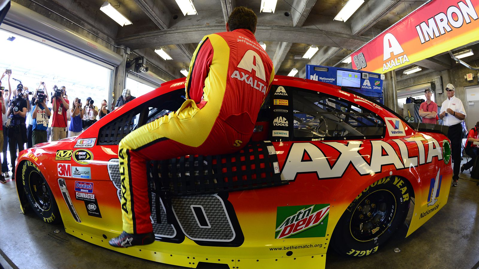 Brickyard 400 live stream time tv schedule and how to for How to watch motors tv online