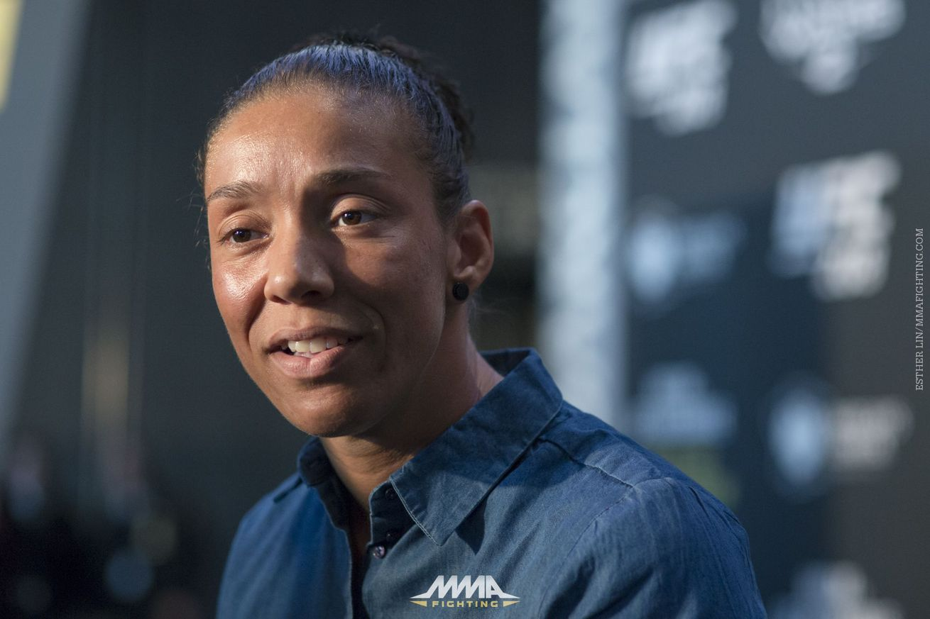 community news, Germaine de Randamie: 'If I fought men, I can fight Holly'