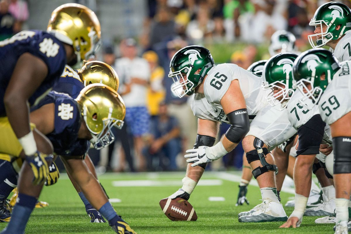 Notre Dame C Sam Mustipher named to Rimington Trophy watch list