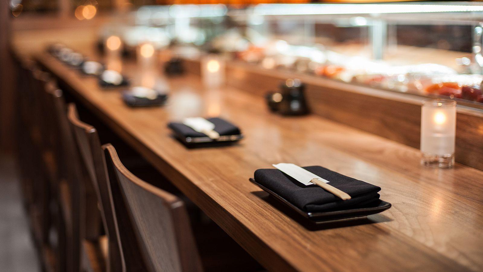 The essential los angeles sushi restaurants eater la for Wholesale fish market los angeles