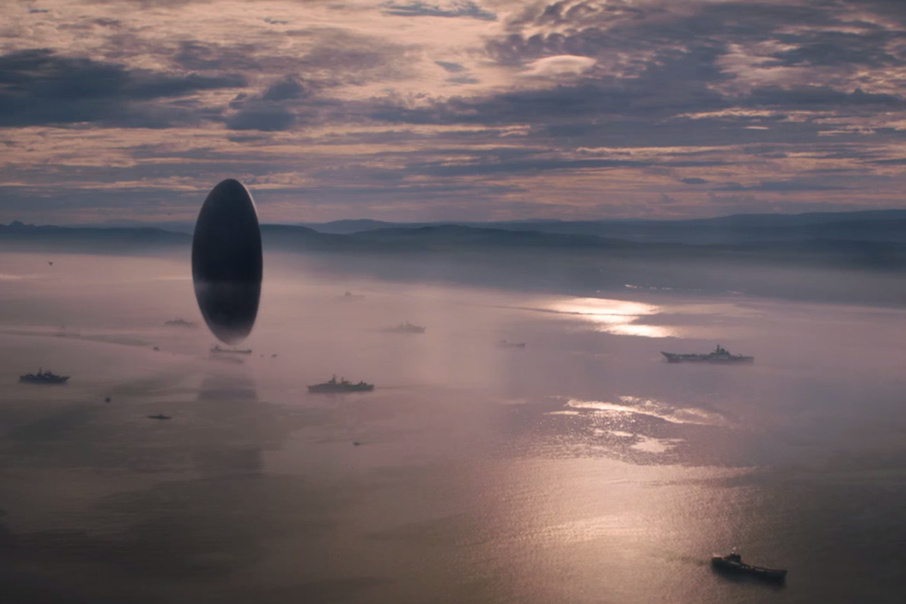 what if the aliens in arrival had thoughtful horse eyes or purple skin ruffles