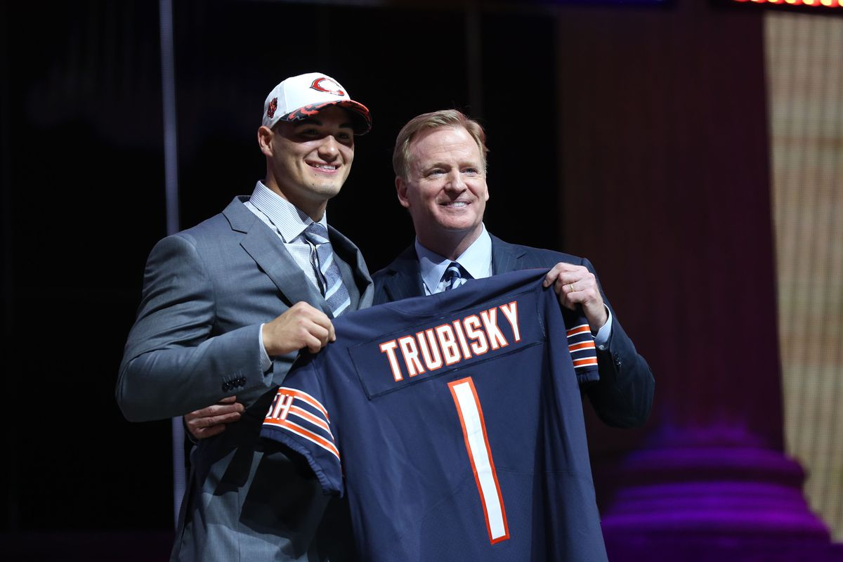 Chicago Bears pick Mentor's Mitch Trubisky at No. 2