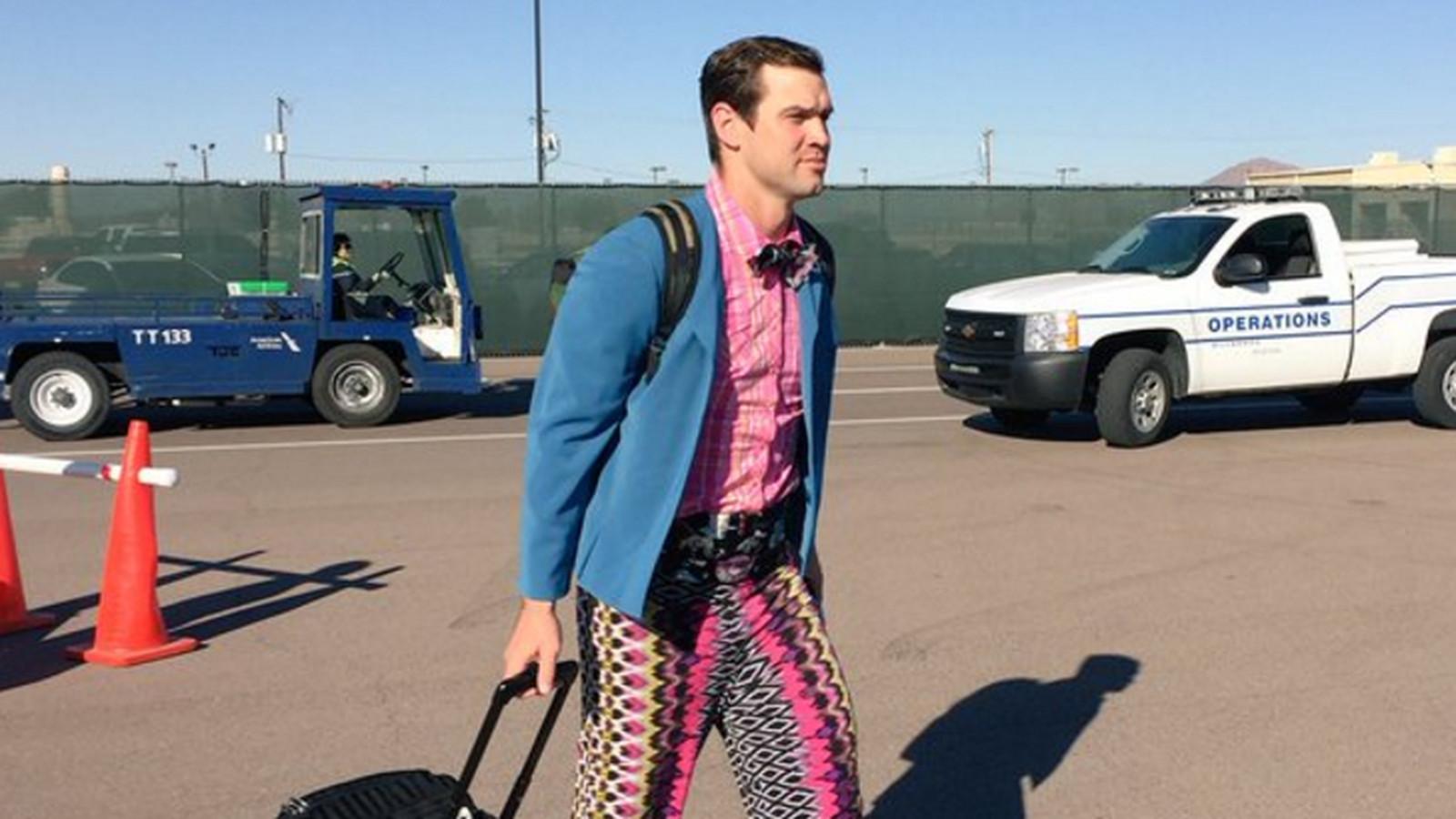 Cheap NFL Jerseys Sale - Arizona Cardinals backup Drew Stanton has the grooviest wardrobe ...