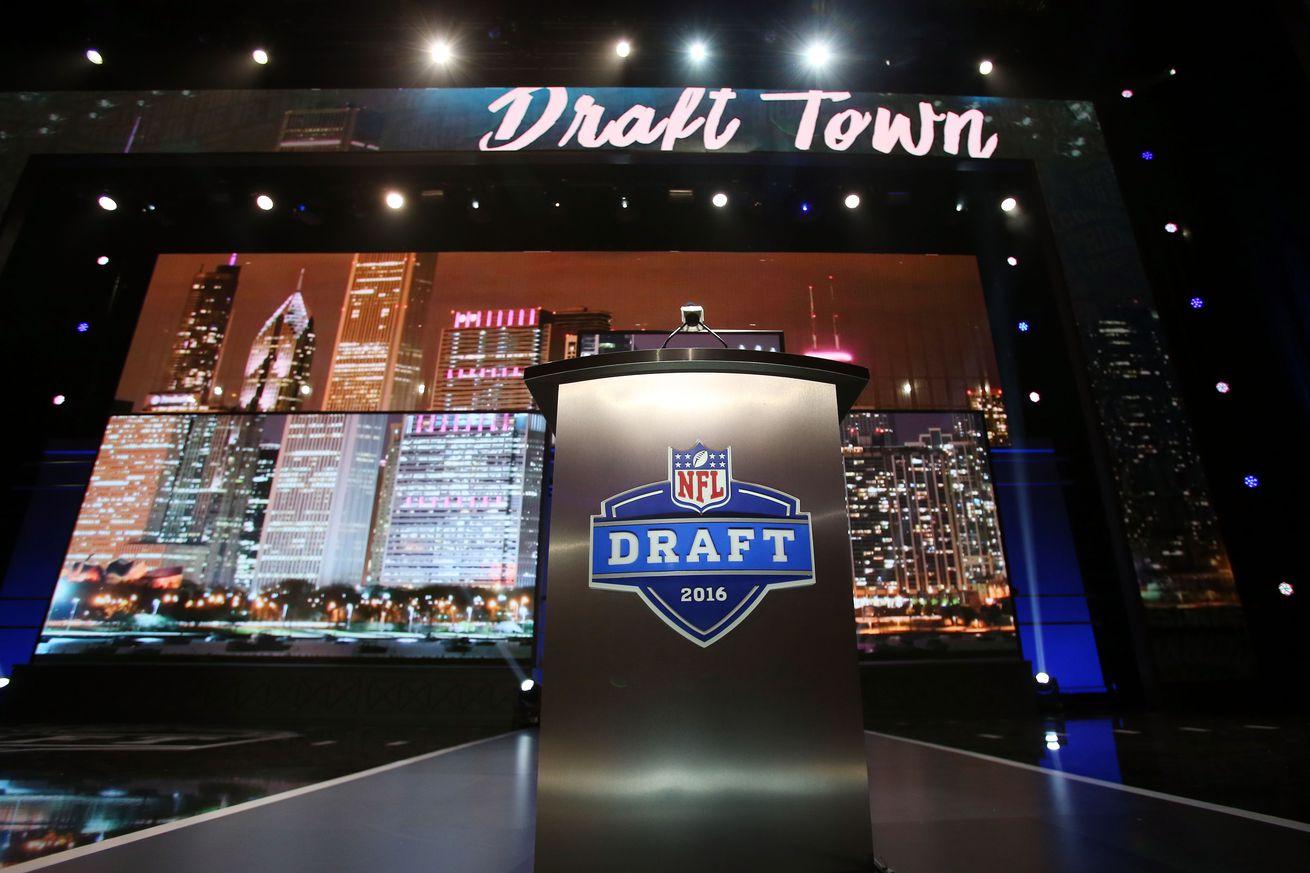 Looking At Walter Football's Mock Drafts For The Minnesota Vikings