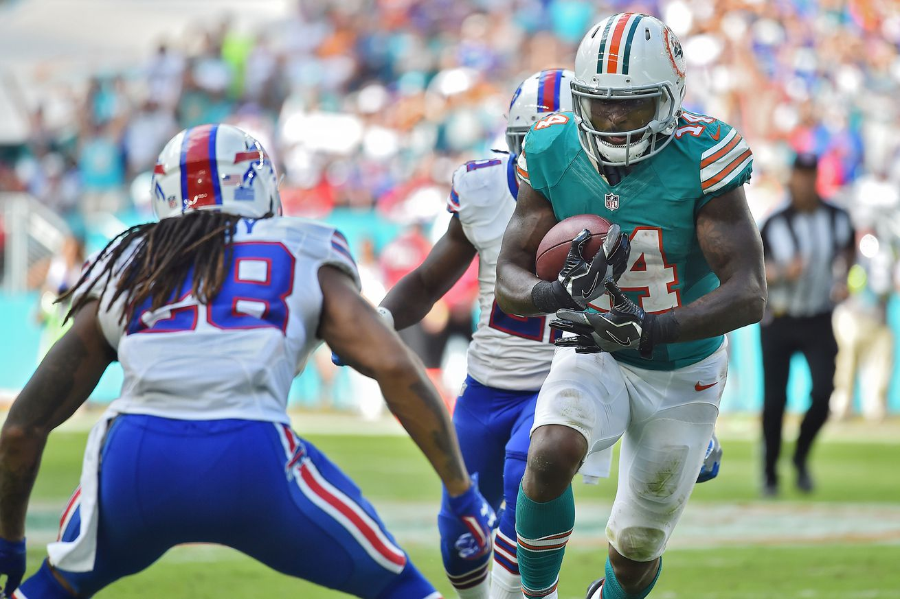 Jarvis Landry fined for hit on Aaron Williams