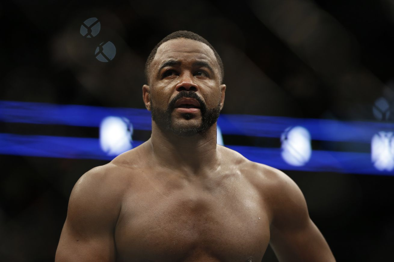 Former UFC Light Heavyweight champion Rashad Evans hints at move to Middleweight