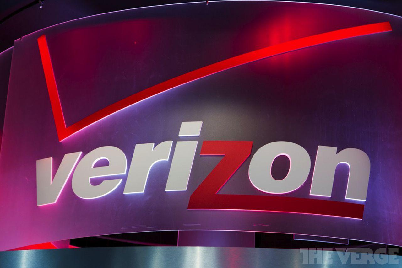 Deadline approaching in Sprint, Verizon