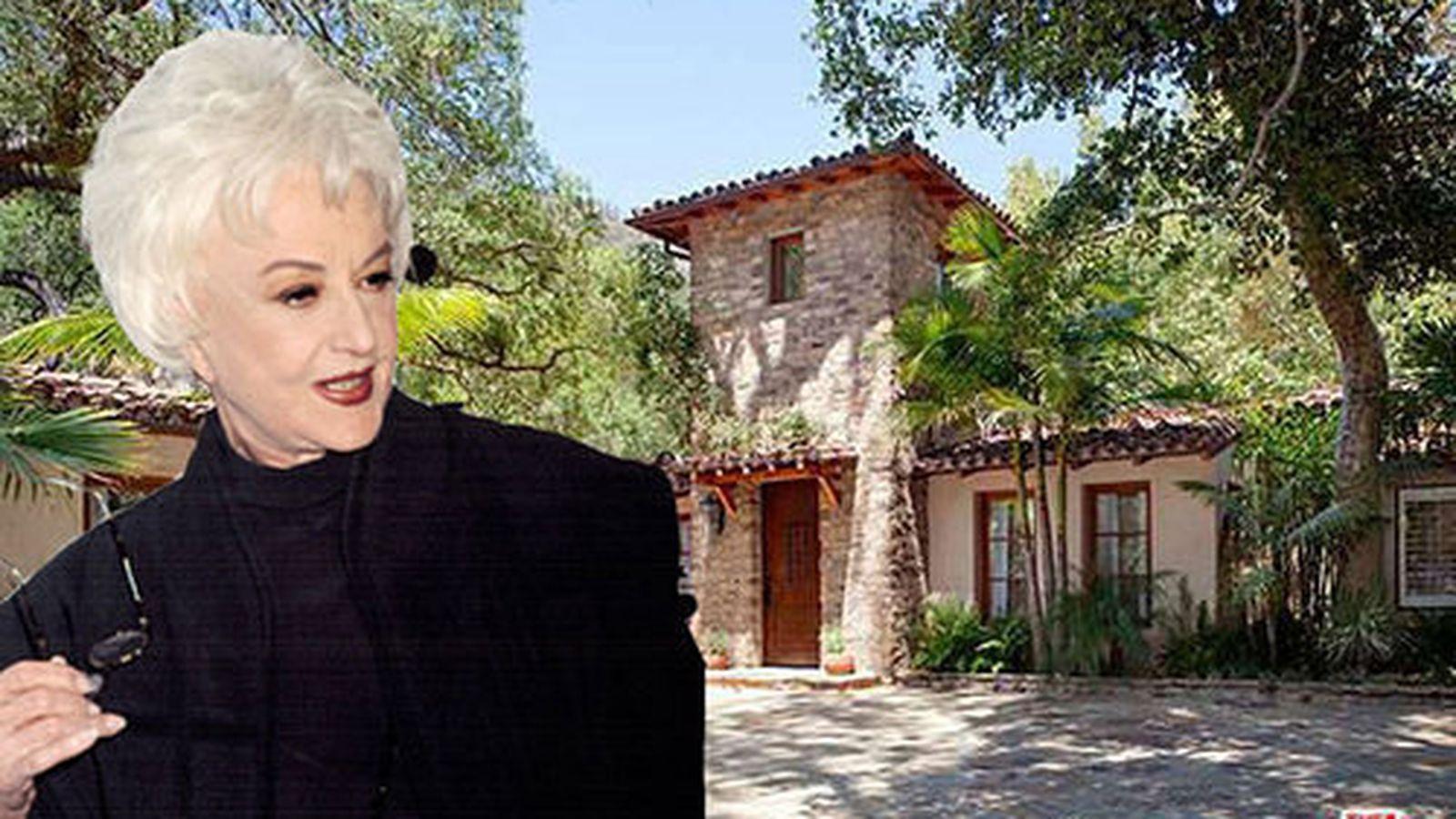 Bea Arthur's Estate Se...