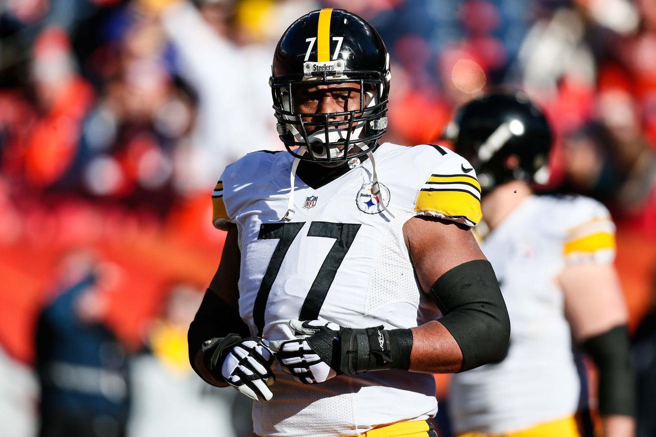 Elbow injury to Steelers tackle Marcus Gilbert unlikely to have him miss any regular season games