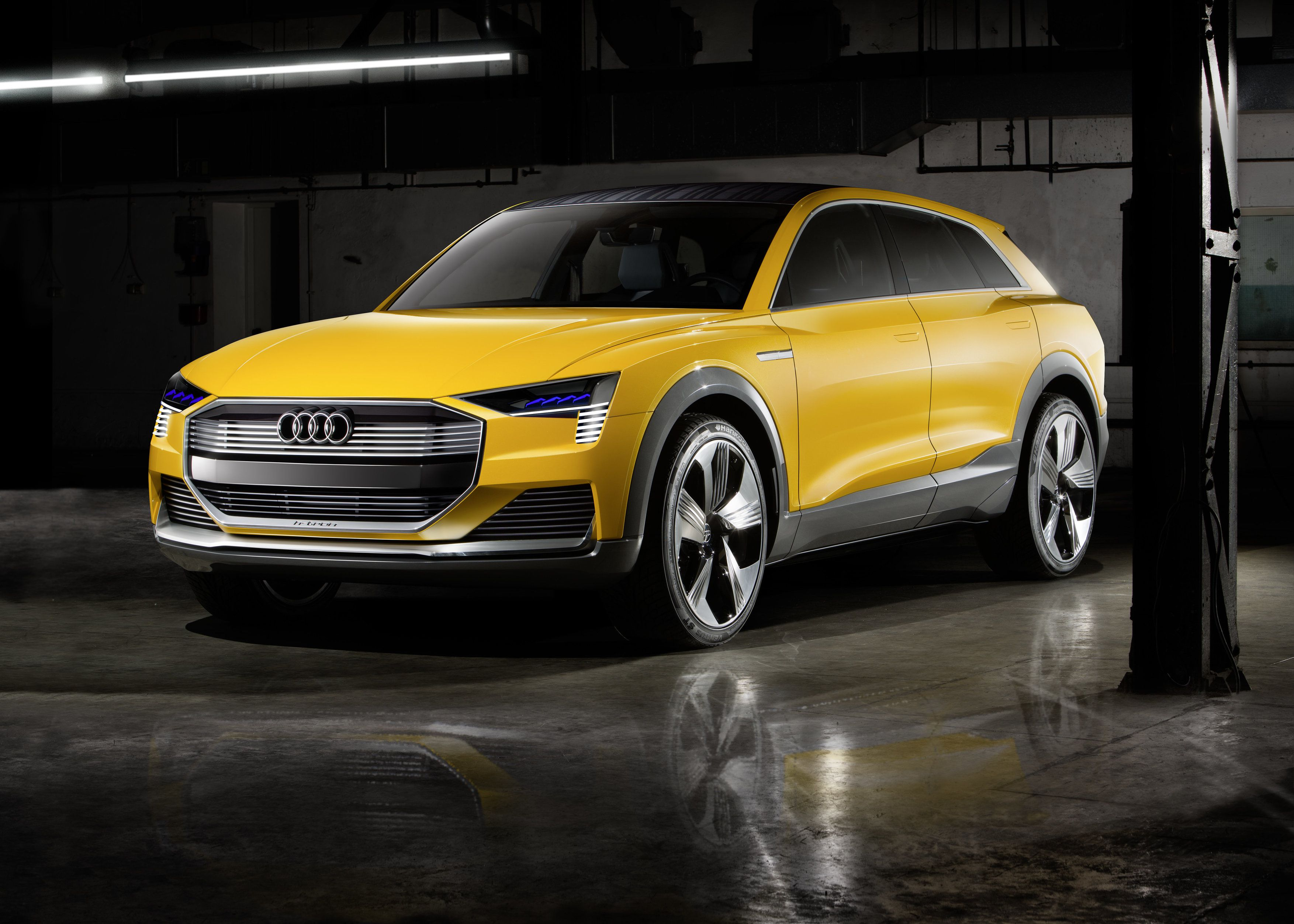 Usa audi not only has the all new a4 sedan and allroad on show but a new concept too at the n a i a s