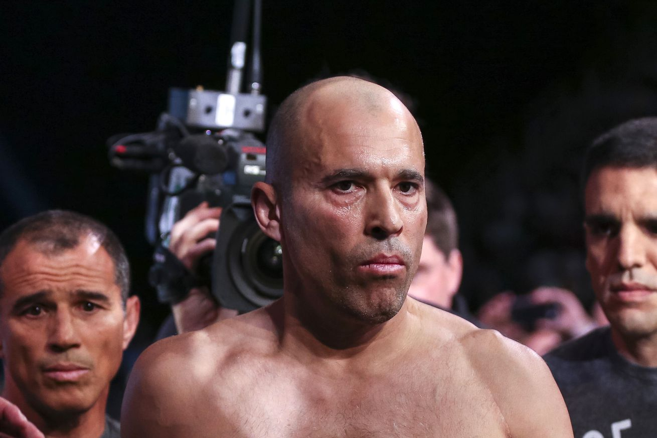 community news, Royce Gracie wants Matt Hughes rematch, says 'everybody wants to see this second fight'