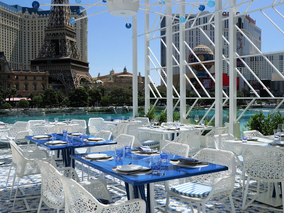 The Hottest New Outdoor Dining Spots In Las Vegas Eater