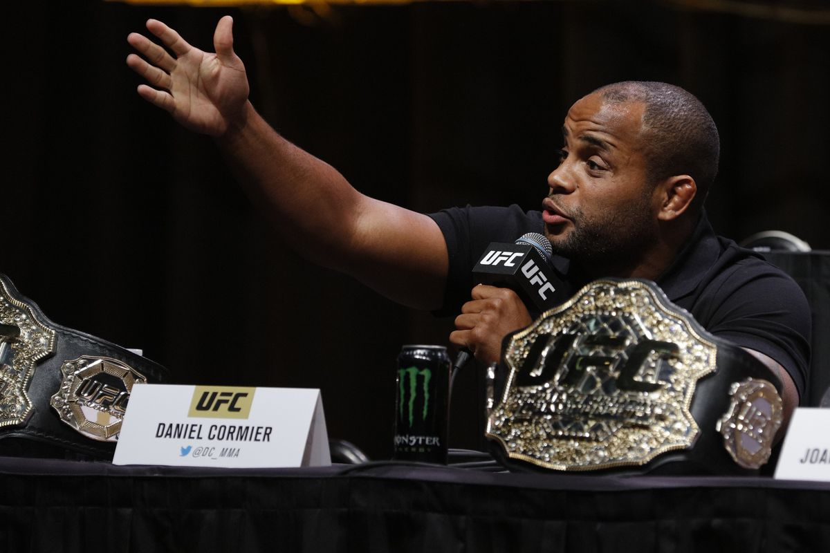 UFC 214: Daniel Cormier blasts Jon Jones, tells him to take fight
