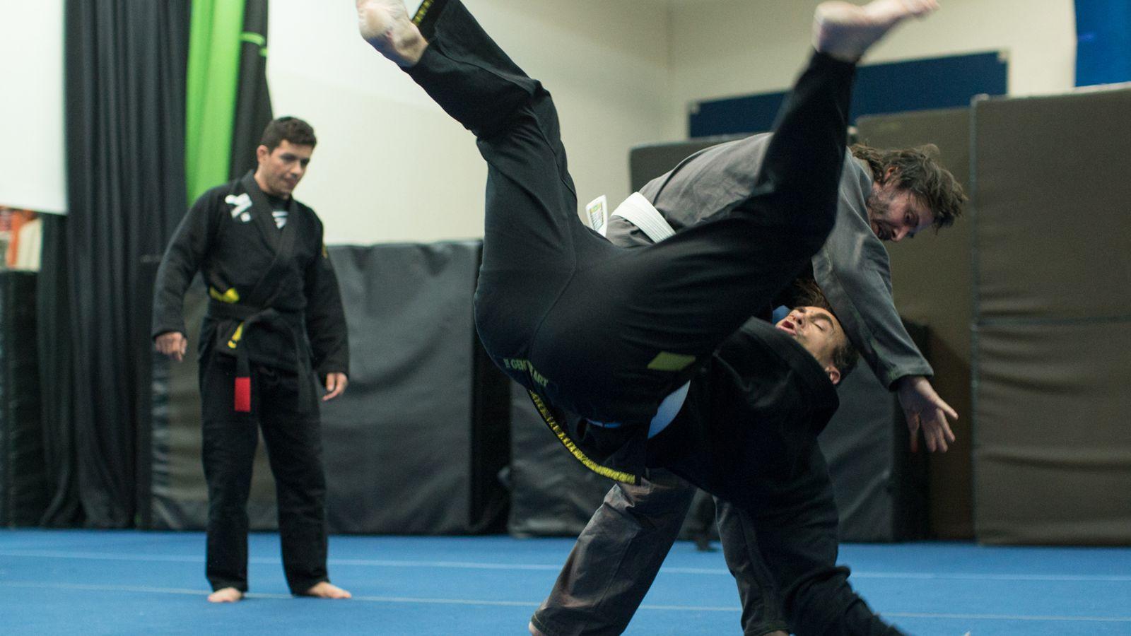 Keanu Reeves training jiu-jitsu photos - MMA Fighting