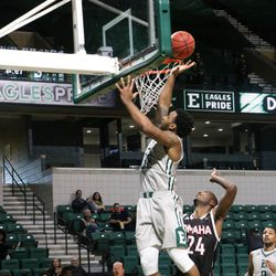 Ty Toney sinking another basket.<br>