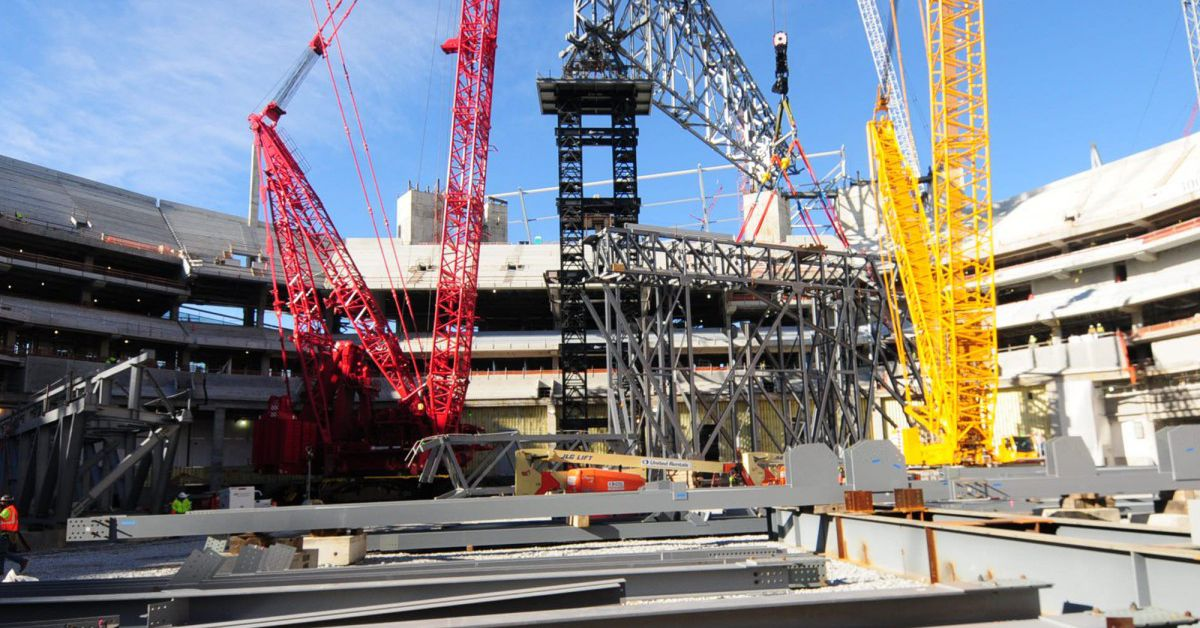 Falcons stadium new photo gallery and timelapse curbed for Mercedes benz stadium roof