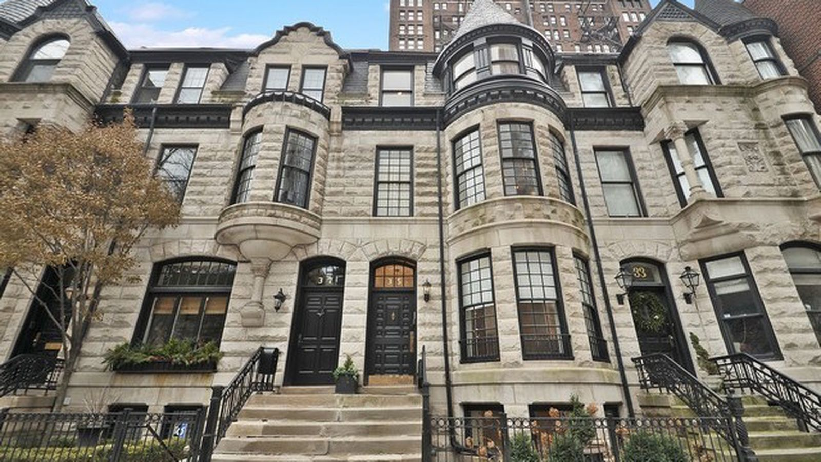 Gold coast row home built by potter palmer asks 2 5m for Chicago mansion for sale