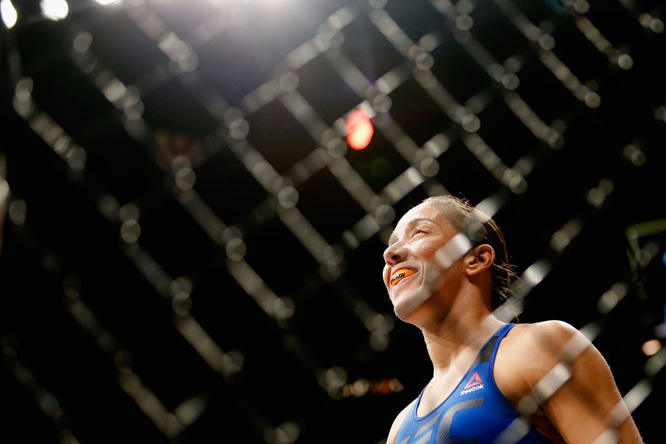 UFC 208 results: Germaine de Randamie tops Holly Holm, celebrates in the shadow of Cris Cyborg