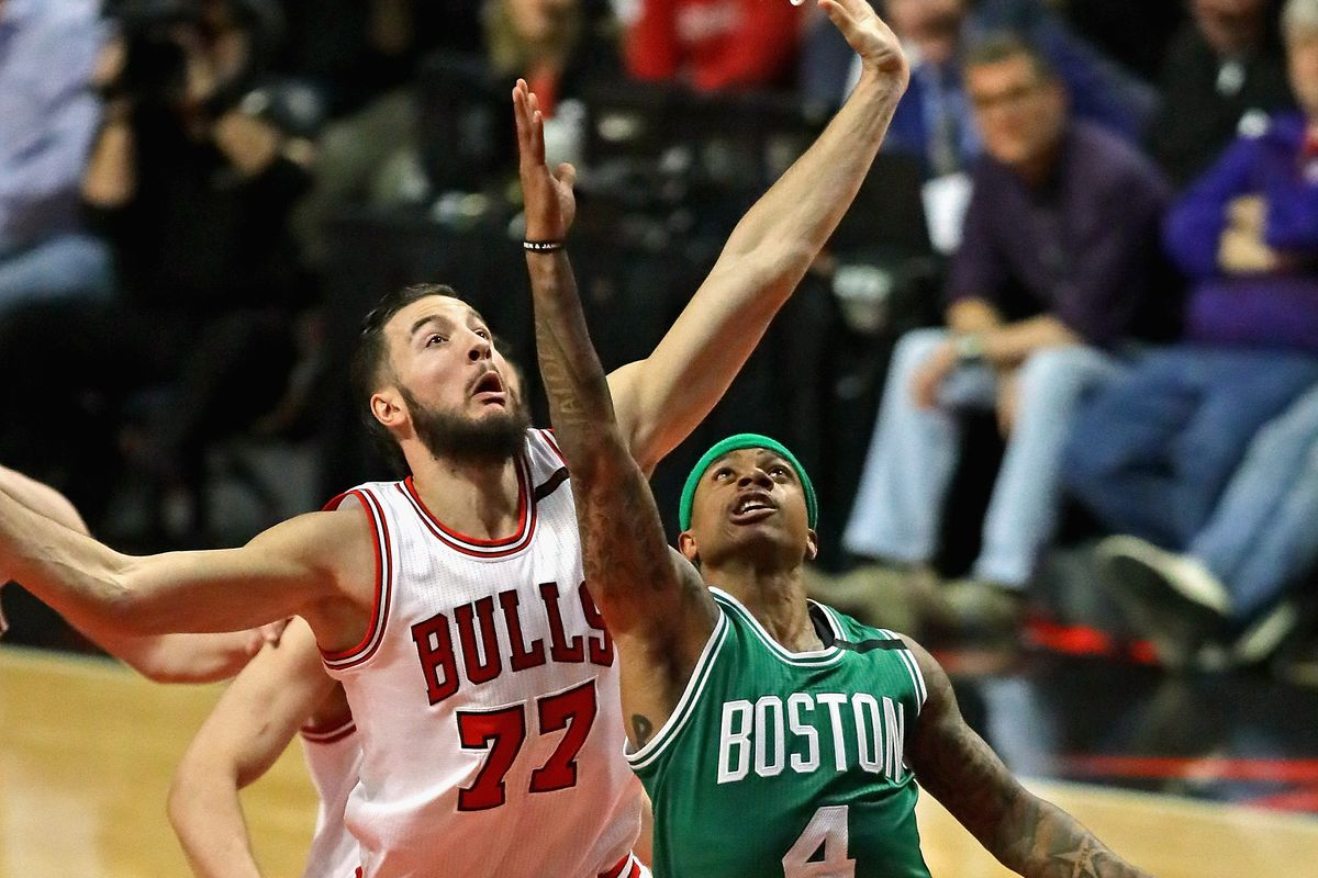 Celtics can close out Rondo-less Bulls tonight
