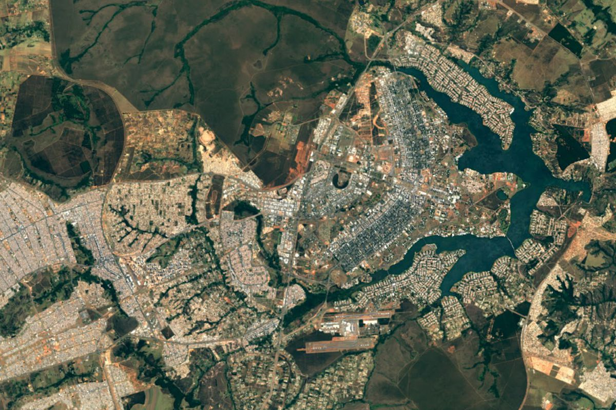 Google maps earth satellite - Google Has Updated Its Mapping