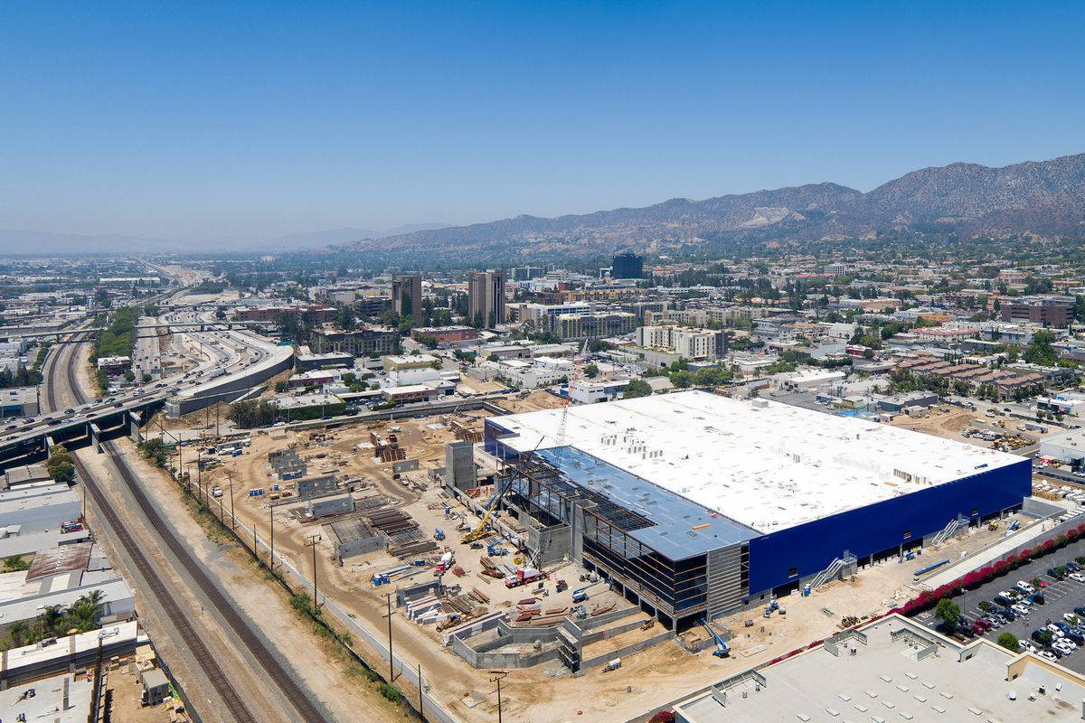 take a tour of burbank s new ikea the biggest in the u s curbed la. Black Bedroom Furniture Sets. Home Design Ideas