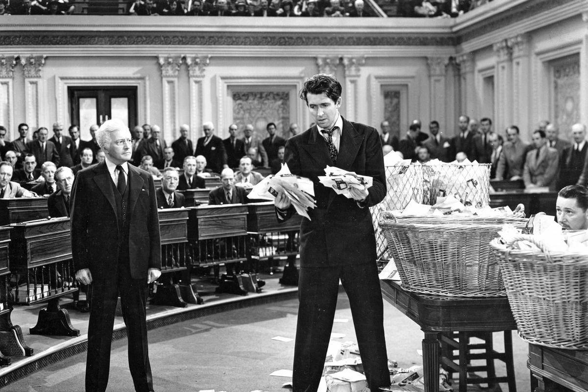 نقد فیلم «آقای اسمیت به واشنگتن میرود»