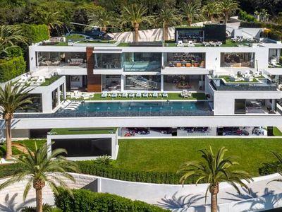 La Ricarda Residence by Antonio Bonet Castellana