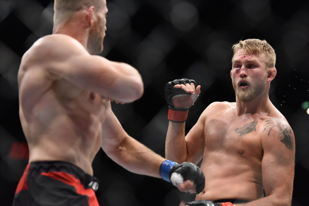 Report: Alexander Gustafsson vs. Glover Teixeira in the works for Stockholm event on May 28