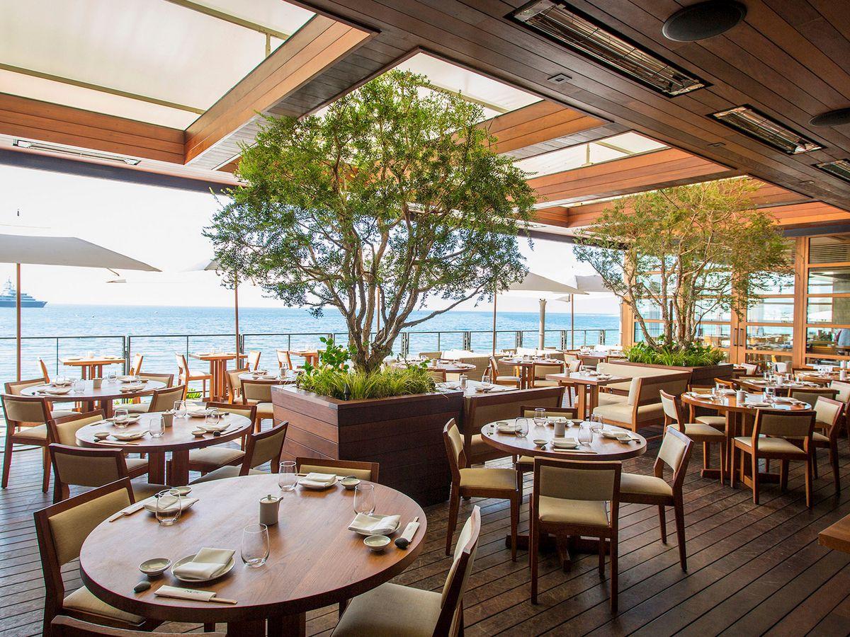 Outdoor dining restaurants in los angeles spring
