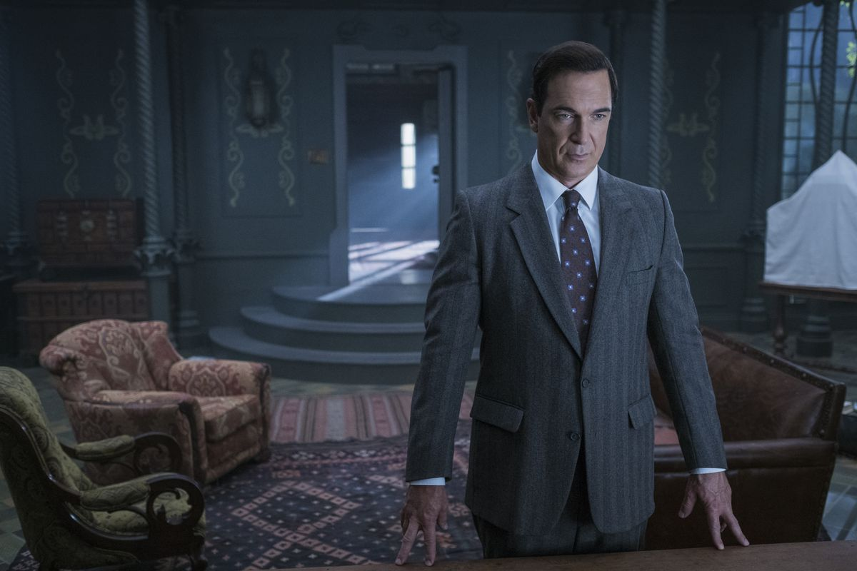 Lemony Snicket's A Series Of Unfortunate Scores A Second Season