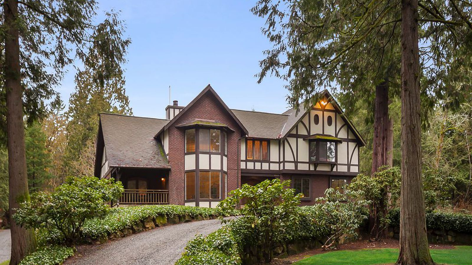 settle into country comforts in a woodinville tudor